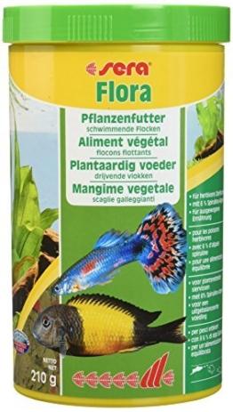 sera 00670 flora 1000 ml - Die Grünflocken mit viel Spirulina für lebendgebärende Zahnkarpfen, Malawi- und Tanganjika Cichliden im Süßwasser- und Meerwasseraquarium - 1